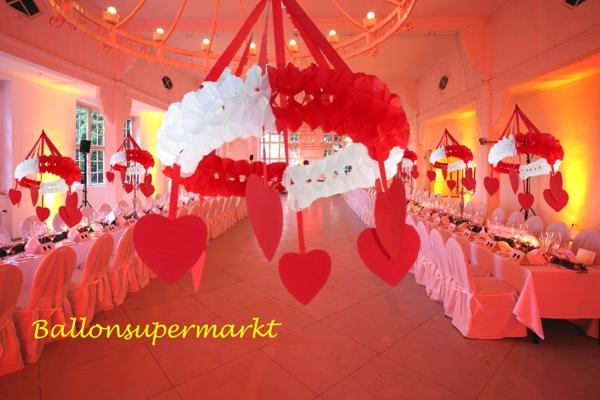 Kranz Mit Herzen Rot Weiss 75 Cm Hochzeitsdekoration