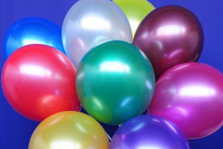 midi set 1 30 bunte luftballons metallic mit helium midi set 1 ballons helium sets midi. Black Bedroom Furniture Sets. Home Design Ideas