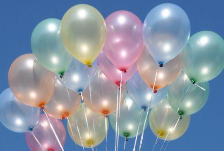 maxi set 11 100 luftballons perlmutt mit helium farbauswahl ballonsupermarkt. Black Bedroom Furniture Sets. Home Design Ideas