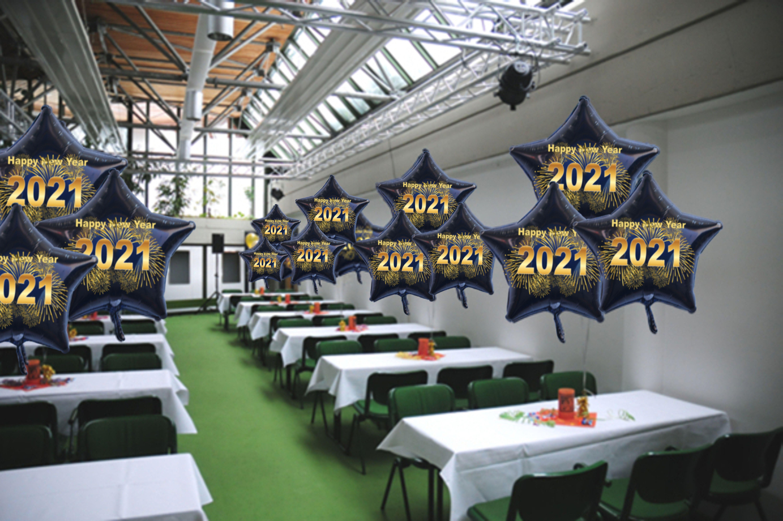 Silvester Dekoration mit Sternballons 2021