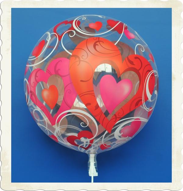 unzertrennliche herzen bubble luftballon mit helium bubbles luftballons luftballons. Black Bedroom Furniture Sets. Home Design Ideas