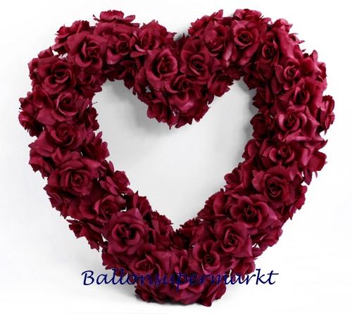 hochzeitsdekoration mit herzen aus blumen romantische dekoration zur ...