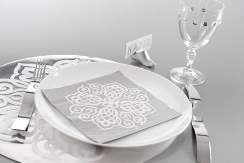 Ballonsupermarkt servietten tischdeko for Tischdeko silber