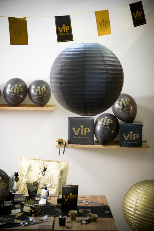 ballonsupermarkt latexluftballons vip partydekoration mottoparty vip. Black Bedroom Furniture Sets. Home Design Ideas