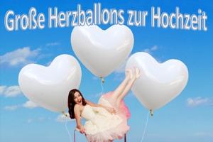 Große herzförmige Ballons zur Hochzeit