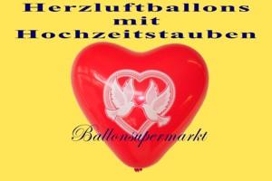 Herzluftballons mit Hochzeitstauben