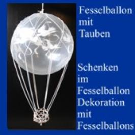 Fesselballon-mit-Tauben