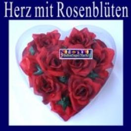 Hochzeitsdeko-Herz mit Rosenblüten