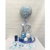 Tischdeko mit Zahlen in  Blau-Silber