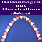 Ballonbogen aus roten und weißen Herzluftballons mit Helium, Ballondekoration zur Hochzeit