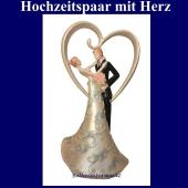 dekoration-hochzeit-tischdekoration-hochzeitspaar-mit-herz