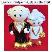 grosses-brautpaar-goldene-hochzeit-tischdekoration