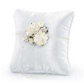 Ringkissen, Weiß mit Rosenarrangement und Perlen