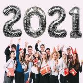 Zahlendekoration zu Silvester 2021 Zahlenluftballons, silber mit Punkten
