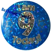 Jumbo Ansteckbutton, Tischaufsteller, I am 9 today, blau