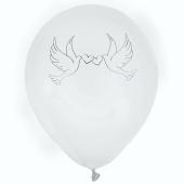Weiße Luftballons mit Hochzeitstauben