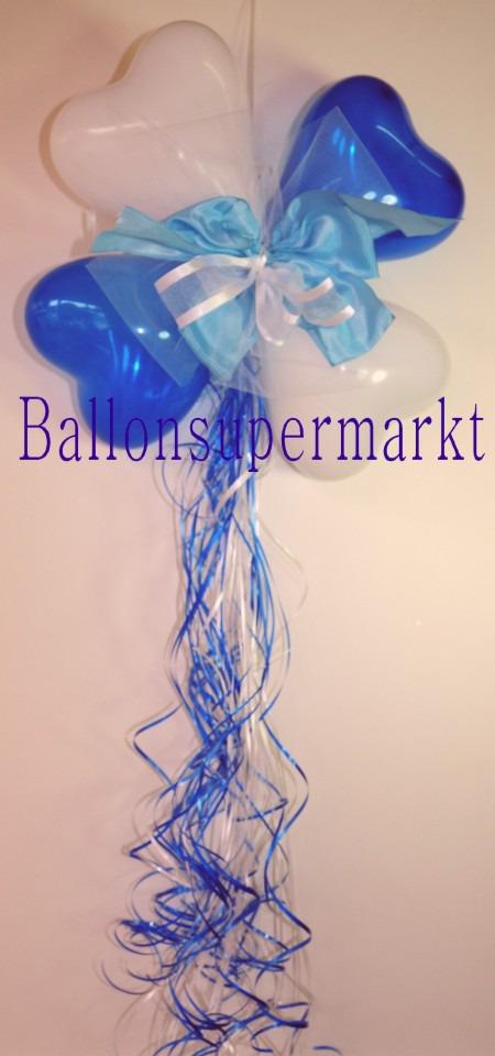 Dekoration-aus-Herzluftballons-mit-Zierschleife-Farben-Blau-Weiss
