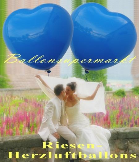 Riesen-Herzluftballons-350er-in-Blau-mit-dem-Hochzeitspaar