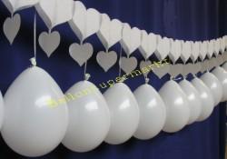 Hochzeitsdekoration Herzgirlande Luftballons 02