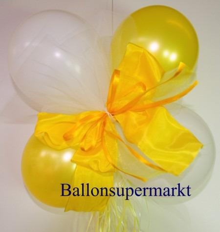 Dekoration-aus-Luftballons-zu-Hochzeit-Liebe-in-Farben-Weiss-Gelb