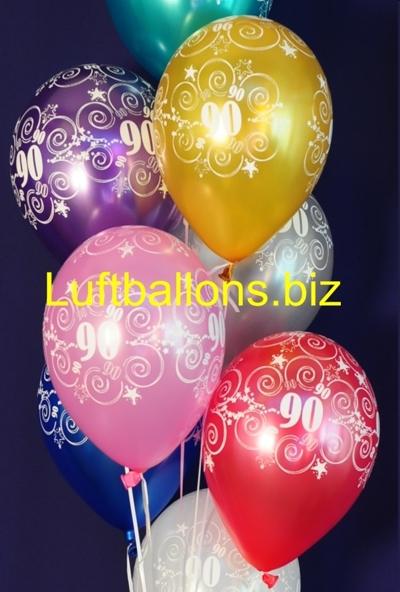 Luftballons mit der Zahl 90