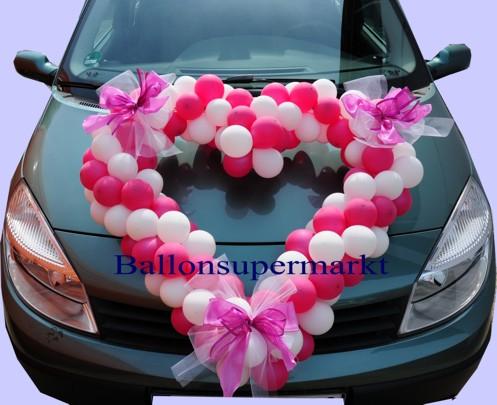 Autodeko-Hochzeit-Herz-aus-Luftballons-in-Rot-Weiss