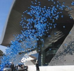 Ballonmassenstart, Luftballons steigen lassen, Ballonflugwettbewerb