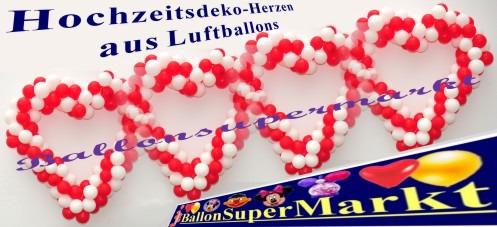 Hochzeit-Dekoration-Herz-aus-Luftballons-Farben-Rot-Weiss