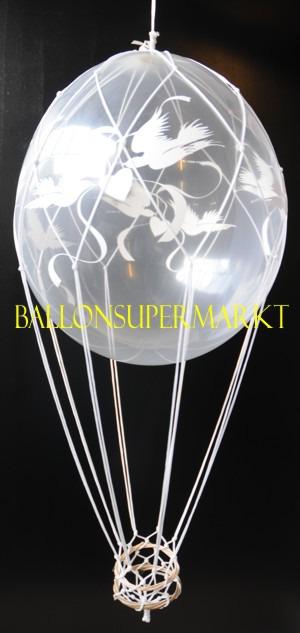 Geschenkballon mit tauben zur Hochzeit als Fesselballon